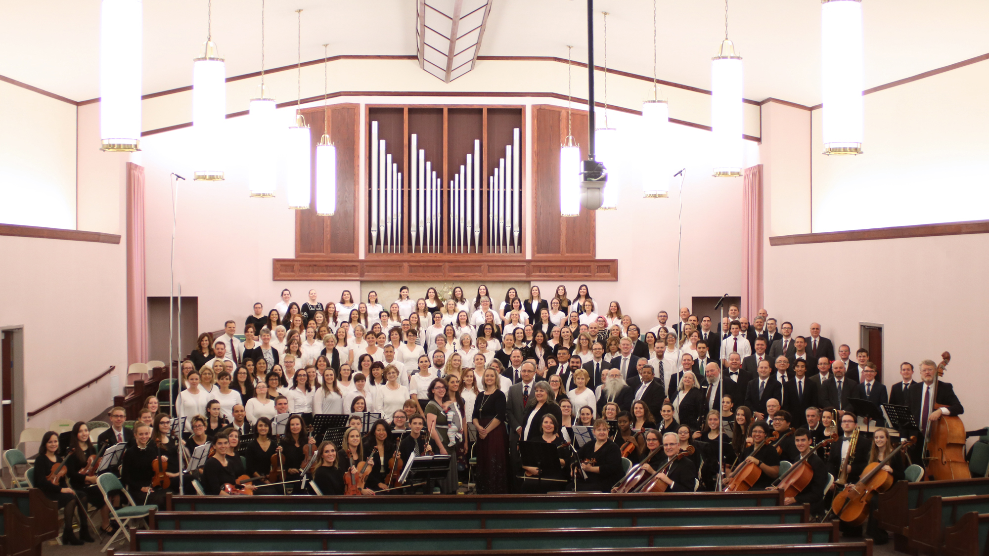 Photo of 2016 Choir and Orchestra